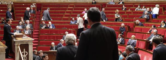 Le premier ministre Manuel Valls, devant l'Assemblée, le 16 juin 2015.
