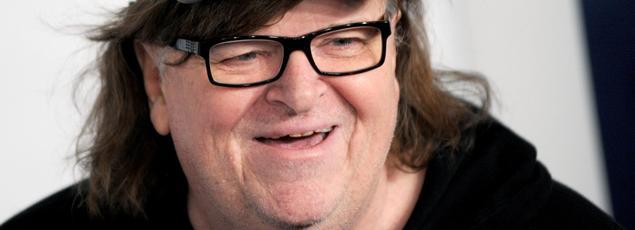 Michael Moore a été hospitalisé dimanche 31 janvier en raison d'une pneumonie. Il devait sortir vendredi 5 février.