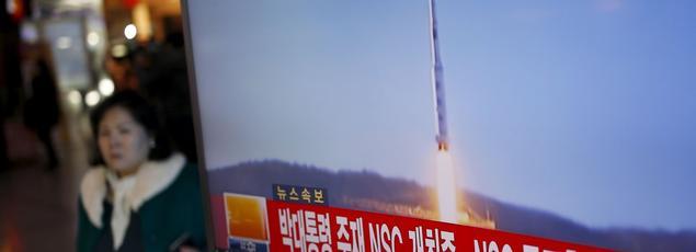 La fusée, qui transportait un satellite d'observation de la terre, a été tirée vers 09h00 et a atteint son orbite 10 minutes plus tard, selon la télévision nord-coréenne.