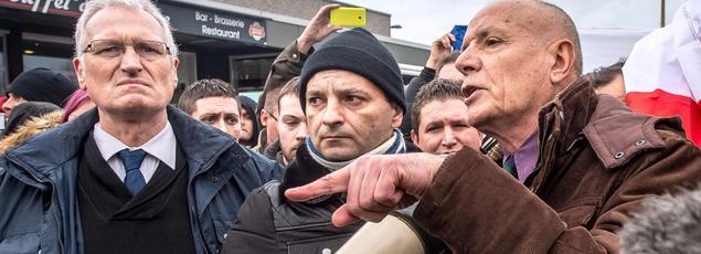 Le général Piquemal samedi à Calais.