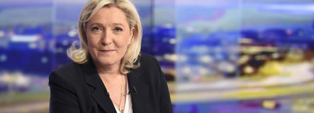 Marine Le Pen sur le plateau de TF, lundi.
