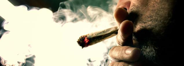 Les 18-25 ans sont seulement 4% à s'adonner quotidiennement au cannabis.