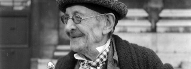 Paul Léautaud, écrivain et critique en 1953.