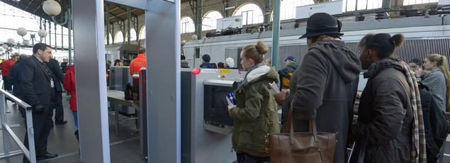 Des portiques de sécurité ont déjà été installés à l'entrée des Thalys à destination de Bruxelles et Amsterdam.
