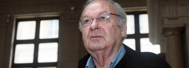 Siné, de son vrai nom Maurice Sinet est décédé dans la nuit du 4 au 5 mai, a annoncé le romancier Étienne Liebig sur son compte Twitter.