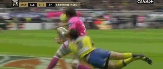 Morgan Parra a réalisé un sauvetage magnifique face au Stade Français.