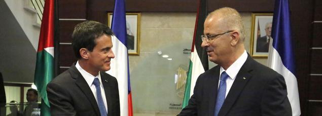 Manuel Valls et son homologue palestinien, mardi, à Ramallah.