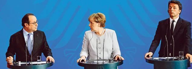 François Hollande, Angela Merkel et Matteo Renzi, lundi à Berlin.