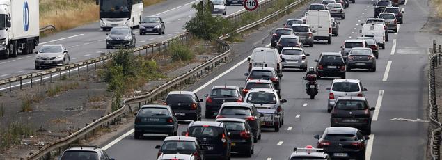 L'autoroute A6, le 3 juillet 2015, lors du week-end des premiers départs en vacances.
