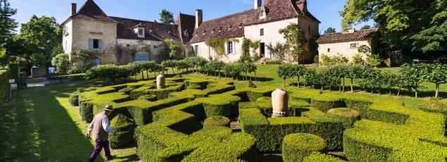 Façonnés par un amoureux de la nature, les jardins de la chartreuse du Colombier, à Paunat, se démarquent par leur façon d'être beaux sans être trop léchés.