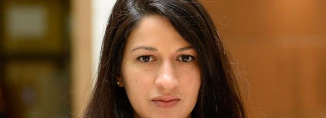 Zineb El Rhazoui est l'une des femmes les plus protégées de France et vit depuis 2009 sous protection policière en raison de ses propos sur l'islam.