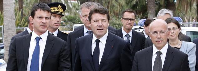 Le premier ministre Manuel Valls lors d'une visite à Nice aux côtés de Christian Estrosi et d'Éric Ciotti.
