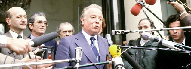 Le 30 mars 1978 à l'Elysée après un entretien avec Valéry Giscard d'Estaing.