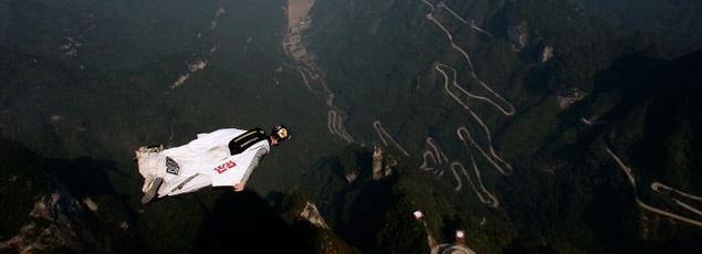 Image d'illustration de wingsuit.