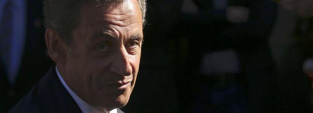 Nicolas Sarkozy, mardi, quitte son QG de campagne à Paris.