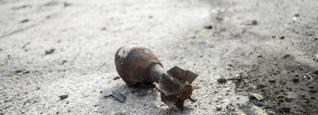 Un mortier non explosé, dans la ville de Kobane, en janvier 2015.