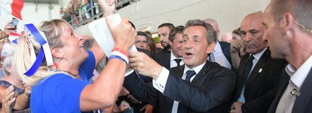 Nicolas Sarkozy lors de son premier meeting de campagne, jeudi à Châteaurenard.