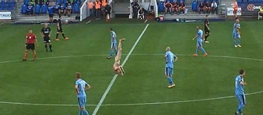 Lars Elstrup, ancien international danois, nu à la mi-temps entre FC Randers et Silkeborg.