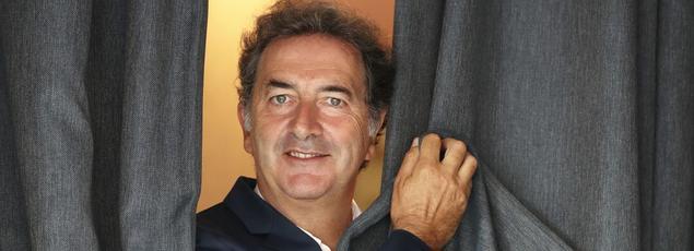 «J'aime chanter! J'aime écrire des chansons qui sont comme des pièces de théâtre miniatures», confie François Morel.