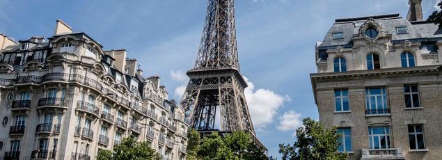 A Paris, la cote de l'ancien s'est appréciée de 2,6% en un an (entre les deuxième trimestres2015 et2016) pour atteindre 8100€/m2.