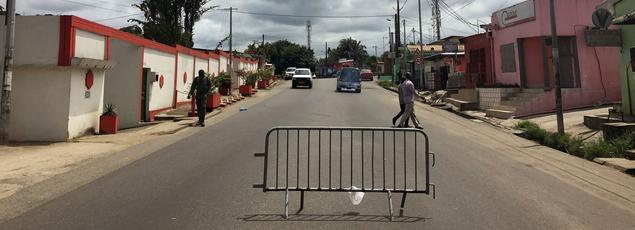 Dans les rues de Libreville.