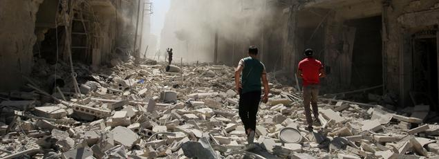 Au mois 115 personnes ont été tuées à Alep en trois jours par les raids du régime syrien et de son allié Russe.