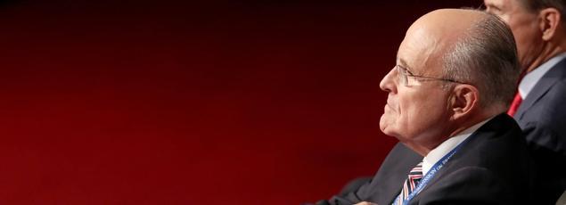 L'ancien maire de New York, Rudy Giulani, assiste au premier débat lundi à New York entre Hillary Clinton et Donald Trump, dont il est l'un des principaux conseillers.