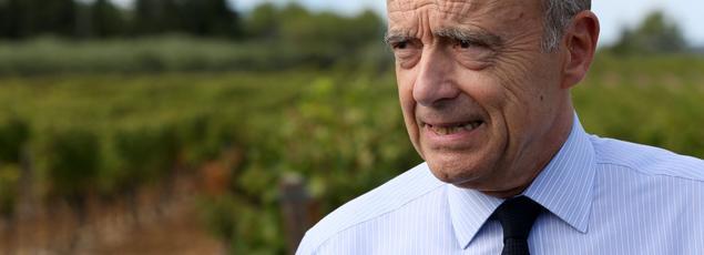 Le maire de Bordeaux en visite à Saint-Drezery (Hérault), le 27 septembre 2016.