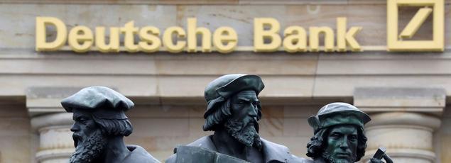 La Deutsche Bank (ici à Francfort) serait en passe de conclure un accord avec la justice américaine afin de ramener son amende à 5,4milliards de dollars (4,8milliards d'euros) au lieu de 14 milliards.