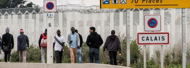 Suite au démantèlement annoncé de la jungle, les 10.000 migrants de Calais devraient être répartis sur l'ensemble du territoire par petits groupes.