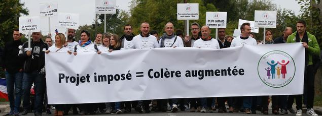 La manifestation de Forges-les-Bains a réuni environ 800 personnes.