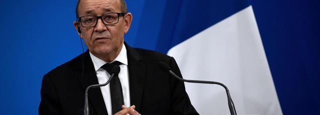 «Daech n'est pas encore tombé, mais Daech vacille, c'est maintenant qu'il faut accroître notre effort», a affirmé, mardi, le ministre de la Défense, Jean-Yves Le Drian.