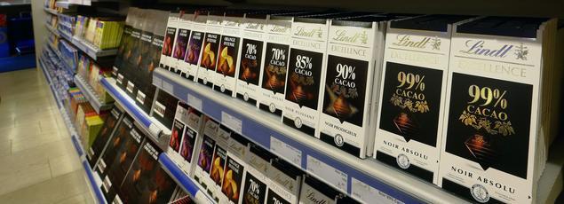 La consommation de chocolat des Français atteint 4 grammes par jour et par adulte.