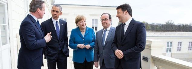 Les cinq dirigeants lors d'une rencontre informelle à Hanovre, le 25 avril 2016.
