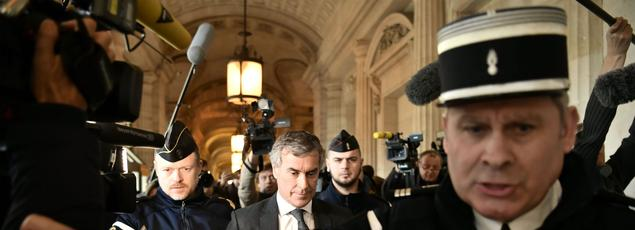 Jérôme Cahuzac quittant le tribunal, ce 8 décembre.