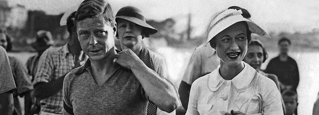 Le roi Édouard VIII d'angleterre et l'américaine Wallis Simpson en vacances sur les bords de la Méditerranée en 1936.