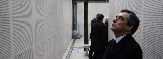 François Fillon en visite au Mémorial de la Shoah.