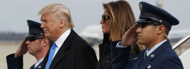 À la veille de son intronisation à la Maison-Blanche, Donald Trump et son épouse, Melania, était, jeudi, sur la base Andrews à Washington.