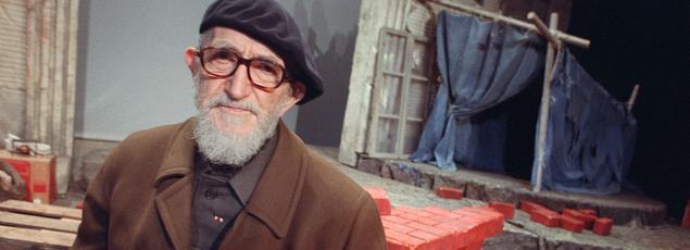 Les «héritiers» de l'abbé Pierre (ici en décembre 1988 à Paris) cherchent à remettre l'exclusion au centre des débats.