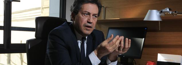 Le député LR Georges Fenech dans son bureau de l'Assemblée nationale.