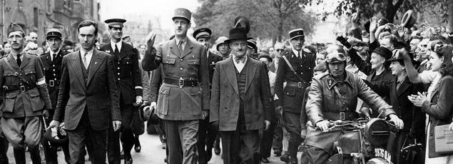 Le général de Gaulle à Chartres le 23 août 1944. Crédits Photo: rue des Archives/PVDE