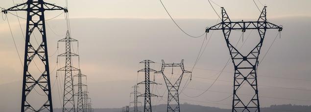 La consommation d'électricité en France a grimpé de 14,3% au mois de janvier - par rapport à la même période en 2016 - et un pic a été enregistré à hauteur de 94,2 gigawatts (GW), le plus élevé depuis 2012, selon les relevés de RTE.