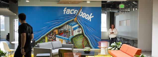 Devant la multiplication des reproches concernant le manque de transparence et de fiabilité de ses outils internes, Facebook fait un pas vers plus de transparence.