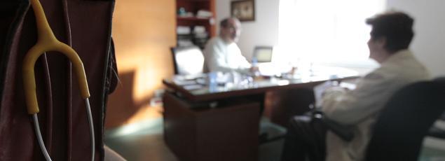 Il faut désormais patienter une semaine, le double qu'en 2012, pour décrocher un rendez-vous chez un généraliste.