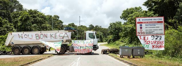 «Nou bon ké sa» («On en a marre!» en créole guyanais), est le slogan repris par les manifestants pour exprimer leur ras-le-bol.