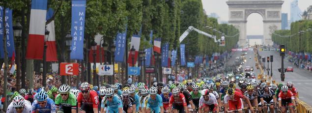 Paris accueille l'arrivée sur les Champs Elysées tous les ans depuis 1975.