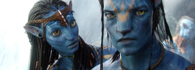 Zoe Saldana et Sam Worthington dans Avatar (2009)