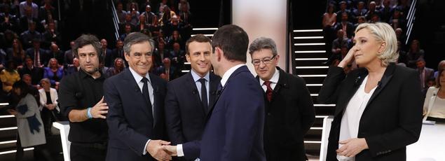 François Fillon, Emmanuel Macron, Jean-Luc Mélenchon, Benoît Hamon et Marine Le Pen à Aubervilliers, le 20 mars 2017.