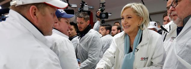 Marine Le Pen à Rungis ce mardi matin.
