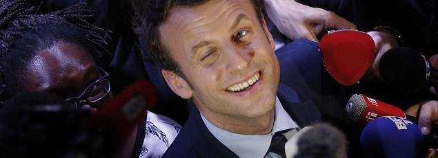 Emmanuel Macron le 30 mars à Saint-Denis.